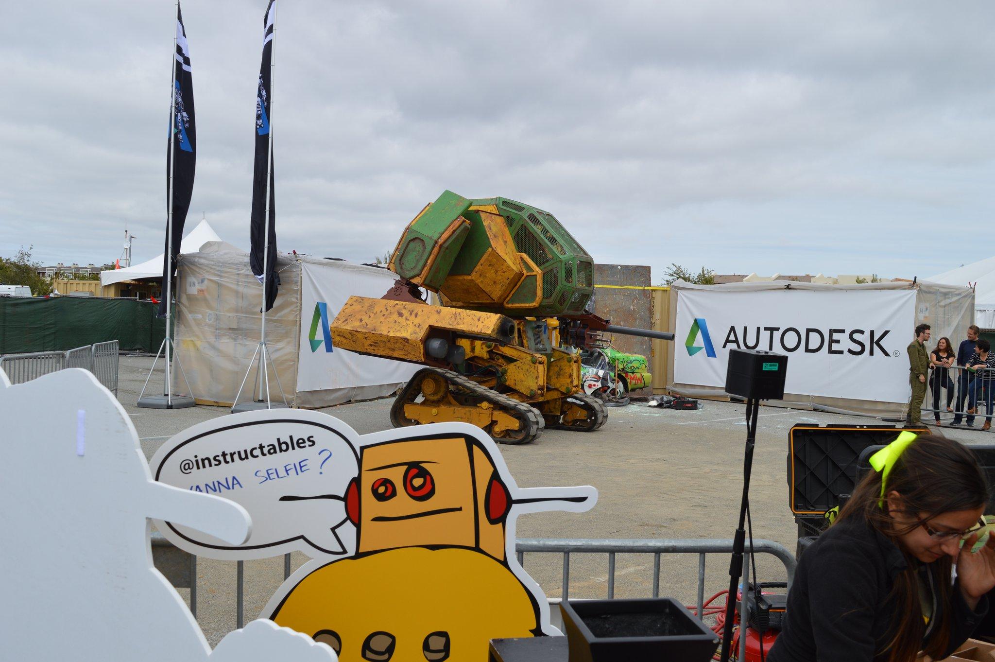 MF15 - Big robots!